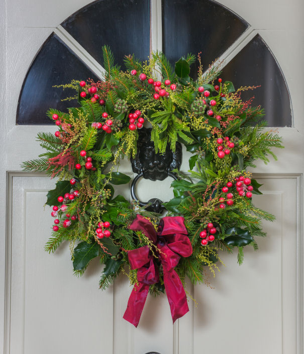 Red Berried Wreath