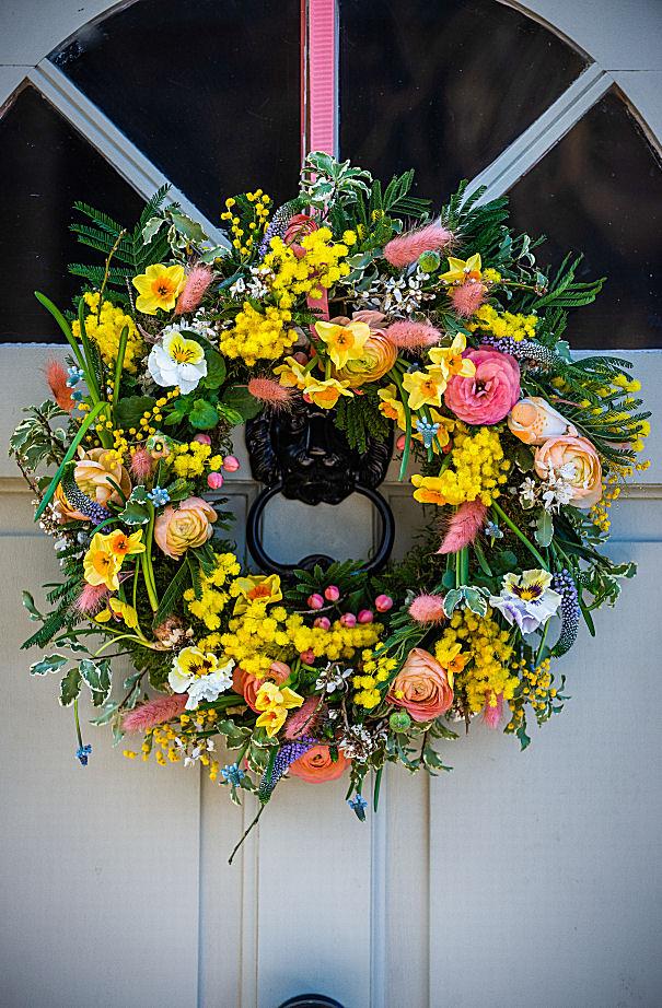Vibrant Spring Wreath